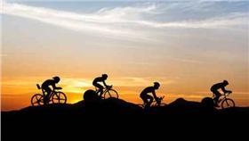 騎單車  美聯社達志