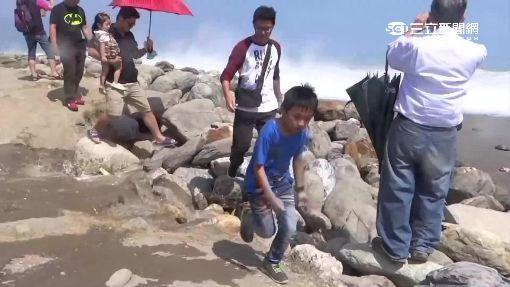 「陡降坡」跌千米海溝 反捲流致命危機