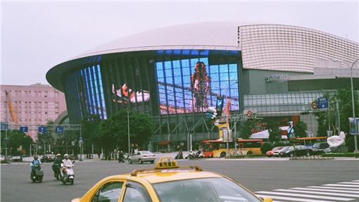 小巨蛋,柯文哲,漲價,租金,演唱會圖/攝影者Hungju Lu,Flickr CC Licensehttps://www.flickr.com/photos/jefflen/2951724858/