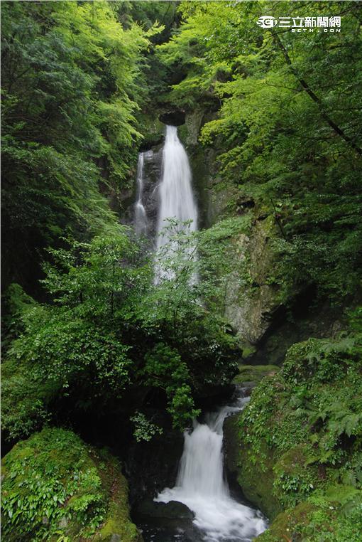 超浪漫!情人必去日本自然「心」景點。(圖/樂天旅遊提供)