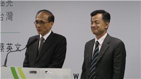 準閣揆林全與準法務部長邱太三。政治中心攝