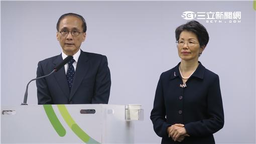行政院長林全與準陸委會主委張小月。記者盧素梅攝
