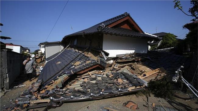 日本強震16:9(圖/美聯社)