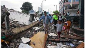 厄瓜多地震災情慘重(圖/翻攝自twitter)