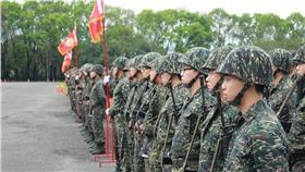 軍人、教召 國防部發言人臉書