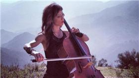 台裔小提琴家 Christine Wu臉書