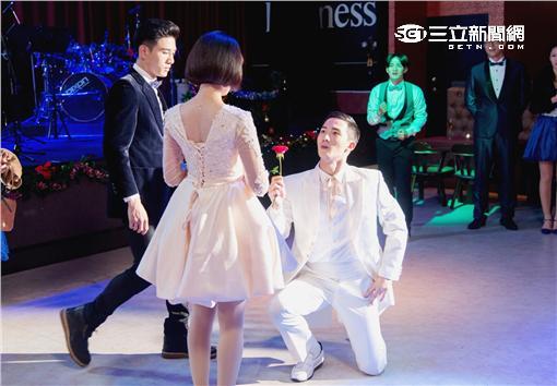 《1989一念間》張立昂、邵雨薇及楊鎮為耶誕舞會劇情狂練舞蹈