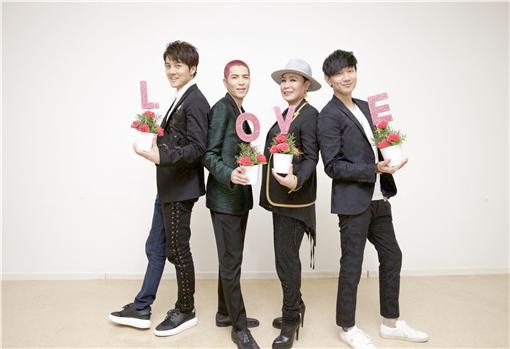 華納群星出席「MusicRadio中國TOP音樂盛典」頒獎典禮/華納音樂提供