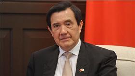 PD 沖之鳥礁 總統:協商尋找解決方案 總統馬英九6日針對沖之鳥礁議題表示,中華民國外交 官會繼續與日本協商,希望找出解決方案,如果雙方無 法以協商解決問題,希望雙方將爭議交付國際調解或國 際仲裁解決爭議。 中央社記者王飛華攝 105年5月6日