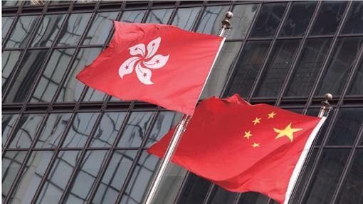新新聞:中國香港國旗