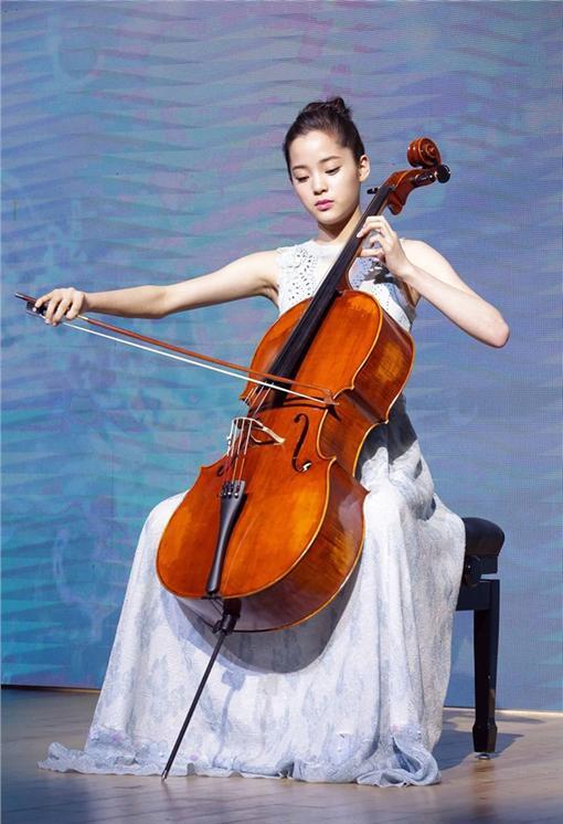 歐陽娜娜,IG,大提琴,演戲,演藝圈,正向 圖/翻攝自歐陽娜娜粉絲專頁