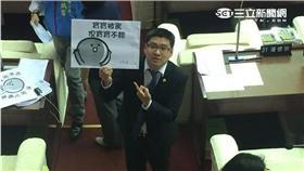 市議員徐弘庭諷林洲民是「寶寶」(圖/記者盧冠妃攝)