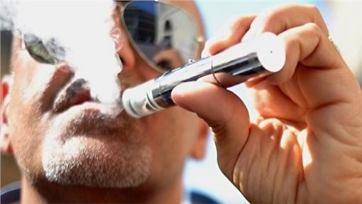 電子菸-翻攝自百度百科