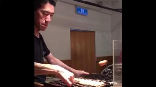 日本雞蛋糕師傅。圖翻攝自爆料公社