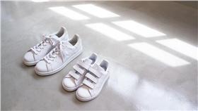 ▲與日本人氣超模梨花Rinka聯名 愛迪達這雙鞋將引瘋搶(圖/ FRUITION)