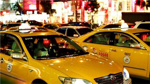 計程車(圖/攝影者chia ying Yang, Flickr CC License)https://flic.kr/p/5tFrJu