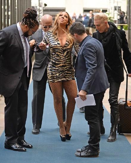 瑪麗亞凱莉,Mariah Carey,跌倒 圖/翻攝自明星愛街拍微博