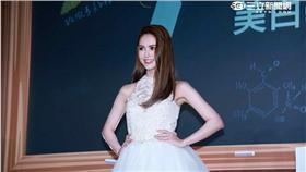 20160516-昆凌出席DR.WU美白記者會