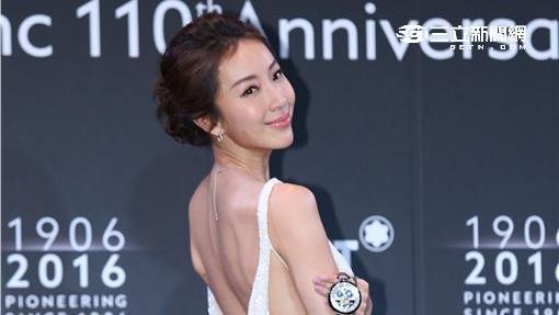 隋棠出席精品配件頂級傑作鑒賞會,優雅展示全球限量懷錶
