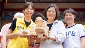 洪慈庸、蔡英文/臉書