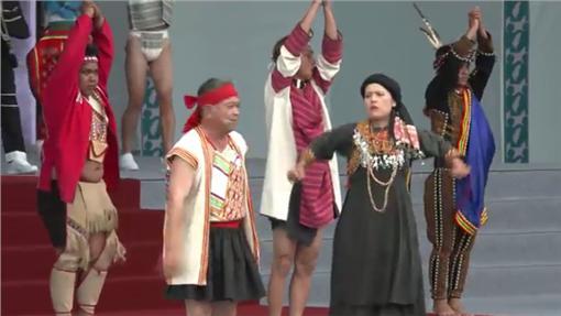 「台灣之光」原住民表演(圖翻攝自YouTube)