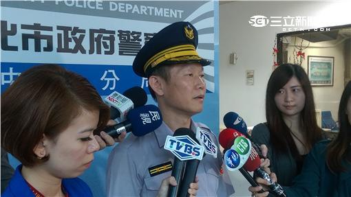 警方奮力壓制逮捕持槍的吳姓嫌犯(楊忠翰攝)