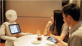 日本「Pepper機器人」搶工作,這次到必勝客 http://goo.gl/9oYO3u