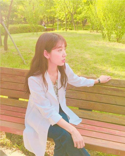 金來沅、朴信惠新戲 doctors 翻攝自朴信惠 instagram2