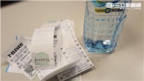 發票,礦泉水,千萬富翁 圖/記者張碧珊攝影