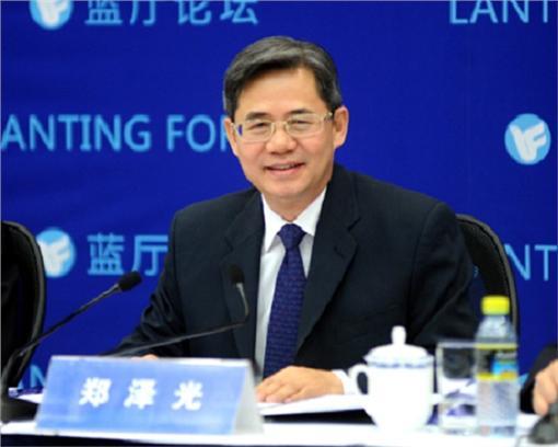 鄭澤光,藍廳論壇(圖/翻攝自大陸外交部)http://www.fmprc.gov.cn/web/wjb_673085/zygy_673101/zzg_673159/xgxw_673161/t1368910.shtml