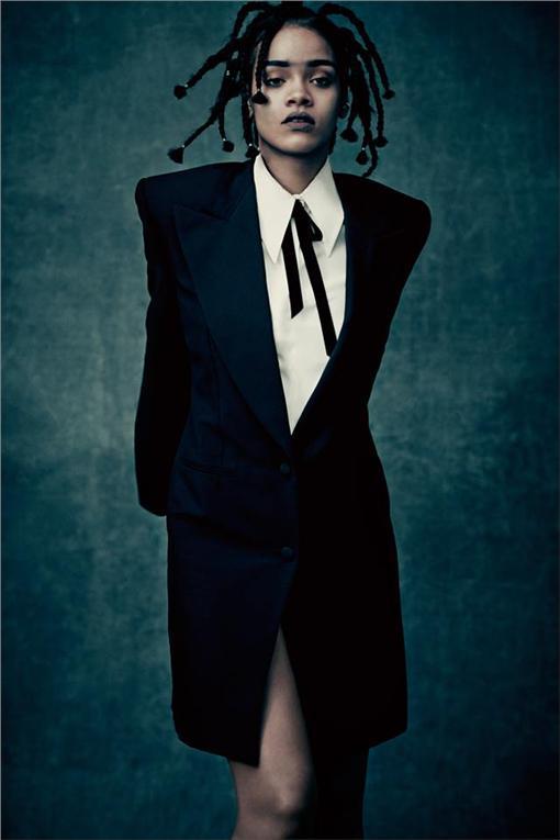 蕾哈娜(圖/翻攝自Rihanna臉書)