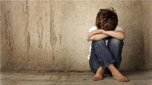 男孩,性侵,父親,獸慾圖/shutterstock/達志影像