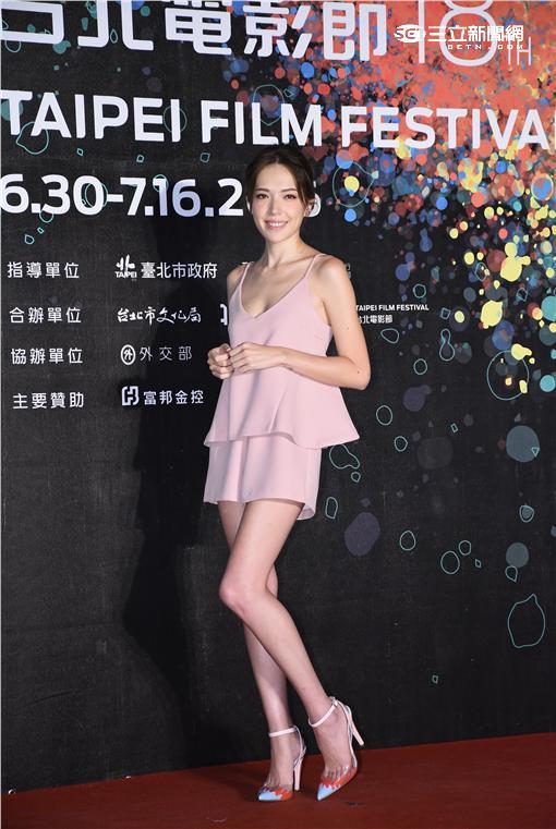 第18屆台北電影節電影大使許瑋甯與五月天石頭出席套票首賣會宣傳造勢
