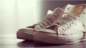 白鞋、鞋子/達志影像