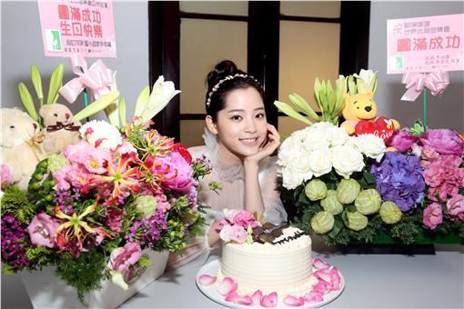 歐陽娜娜16歲生日會/環球提供