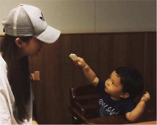 隋棠,Max,https://www.facebook.com/SoniaSuiOfficialFanPage/videos/1150705131658192/