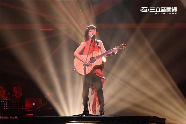 林憶蓮PRANAVA/造樂者世界巡迴演唱會台北站第二場持續熱唱,安可演唱至少還有你為婚姻平權發聲感動所有歌迷
