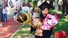 畢業典禮,花束,玩偶,小熊,鈔票,送花