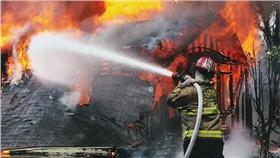失火,起火,火災示意圖▲圖/攝影者Loco Steve, flickr CC License-https://www.flickr.com/photos/locosteve/4349003896
