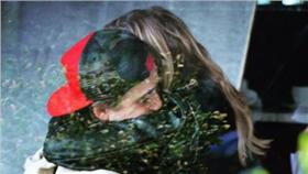 魯克林(Brooklyn Beckham)和超殺女 克蘿伊摩蕾茲(Chloe Moretz) (圖/Chloe Moretz IG)