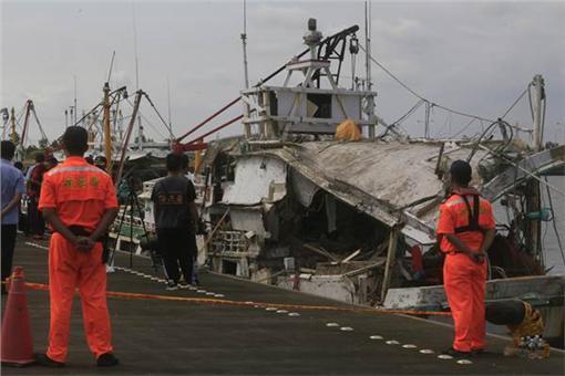海軍金江軍艦,雄三飛彈,翔利昇漁船(中央社)
