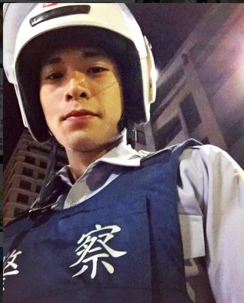 帥哥警察(圖/翻攝自IG)