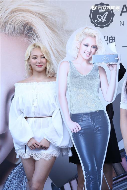 韓女團少女時代孝淵旋風來台出席彩妝活動,向粉絲大喊想你們了