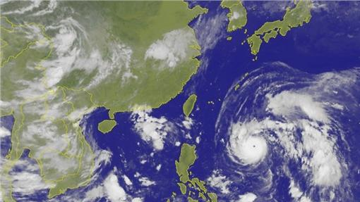 尼伯特颱風圖/翻攝自中央氣象局網站