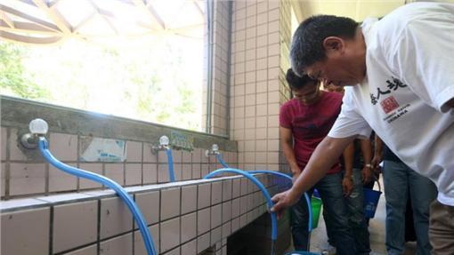 防強颱尼伯特來襲 台北市設161處供水站(中央社)