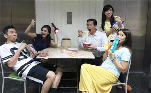 楊繡惠、米可白、馬國賢、林雨宣/台視提供