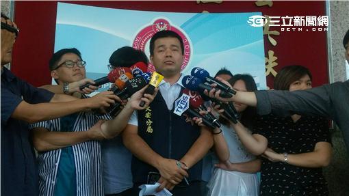 台北市大安分局偵查隊長黃國師說明案情(楊忠翰攝)