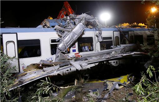 義大利,火車,客運,相撞,死傷圖/路透社/達志影像