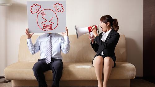 日前中國一名男子因結婚聘金的問題與女友發生爭執,盛怒之下竟在微信上演「自殺直播」
