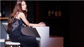 田馥甄首次挑戰舞台劇,坦言對演戲有心魔。(圖/翻攝自田馥甄 Hebe臉書)